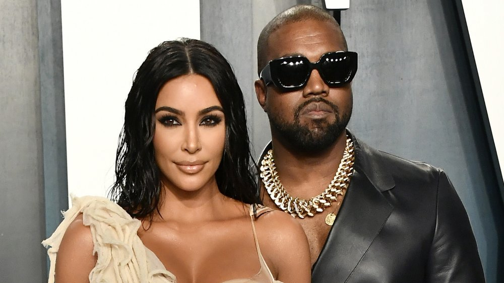 Kim Kardashian West et Kanye West participant à la soirée des Oscars Vanity Fair 2020
