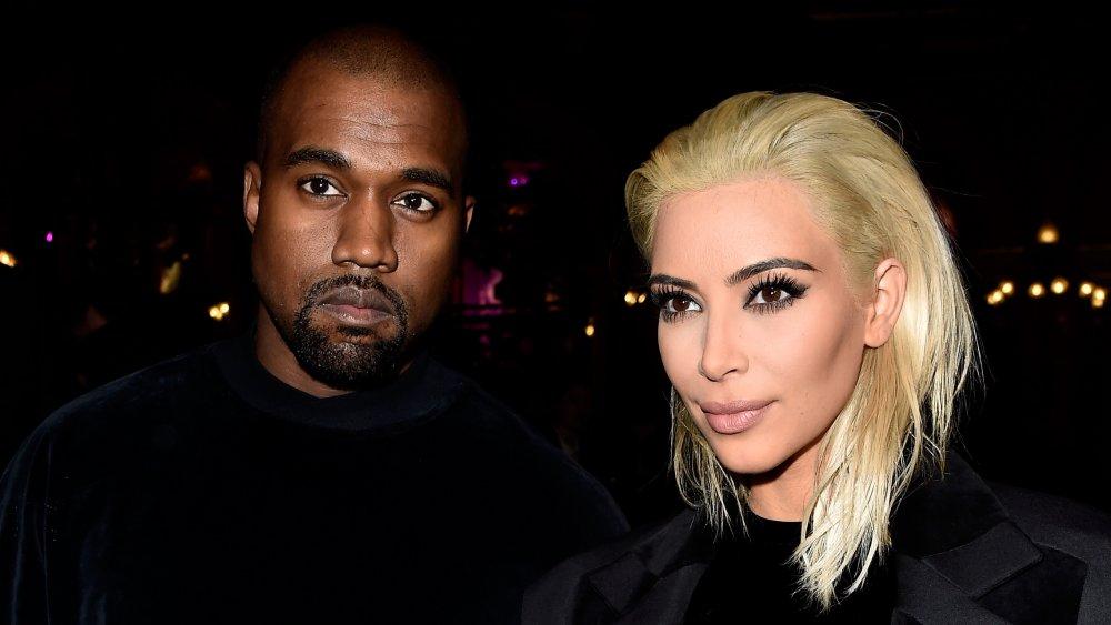 Kanye West et Kim Kardashian West au défilé Balmain lors de la Fashion Week de Paris en 2015