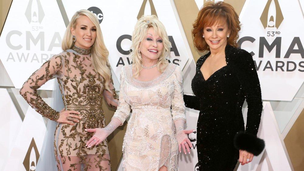 Carrie Underwood, Dolly Parton et Reba McEntire aux CMA Awards 2019