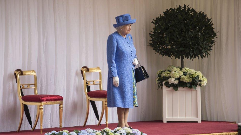 La reine attend l'arrivée de Trump