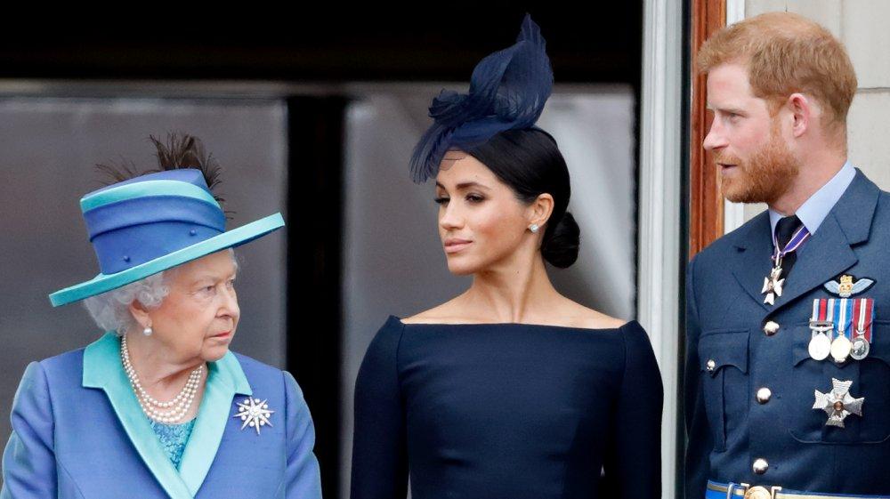 La reine avec Meghan Markle et le prince Harry