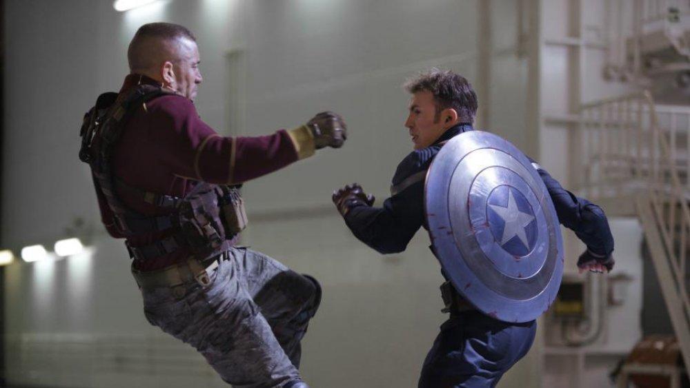 Toujours de Georges St-Pierre et Chris Evans dans Captain America: The Winter Soldier