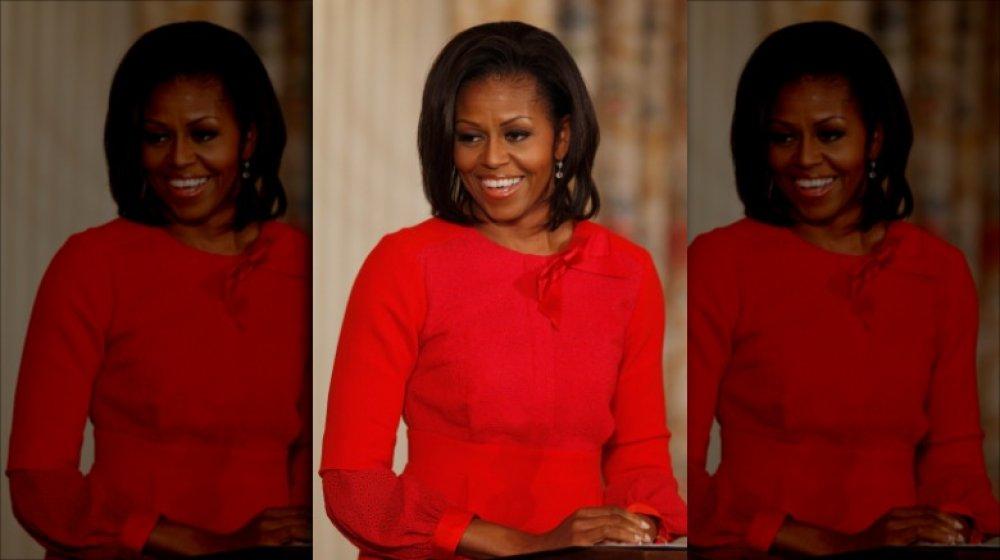Michelle Obama s'exprimant à la Maison Blanche en 2011