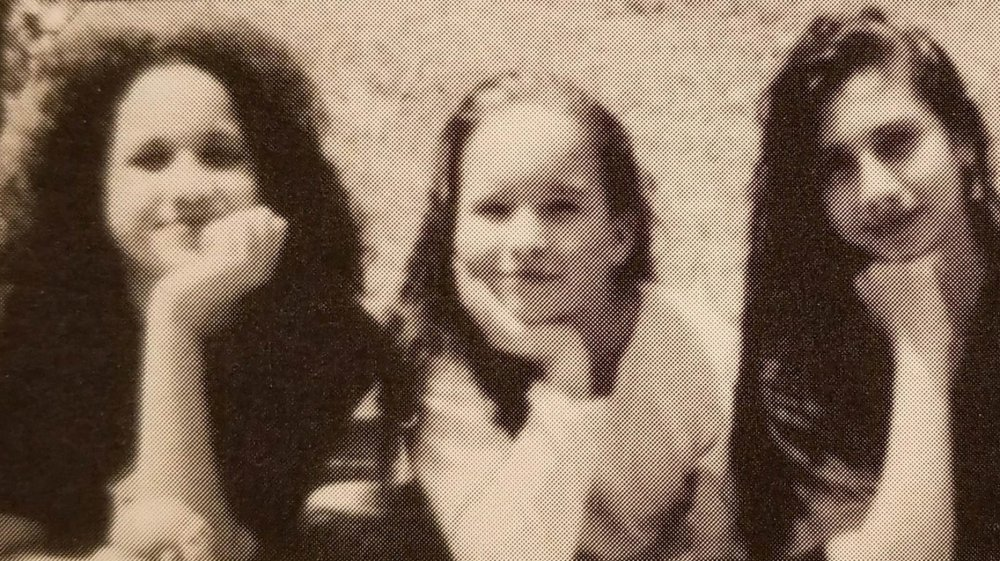 Meghan Markle et une amie d'une photo de l'annuaire de l'école primaire