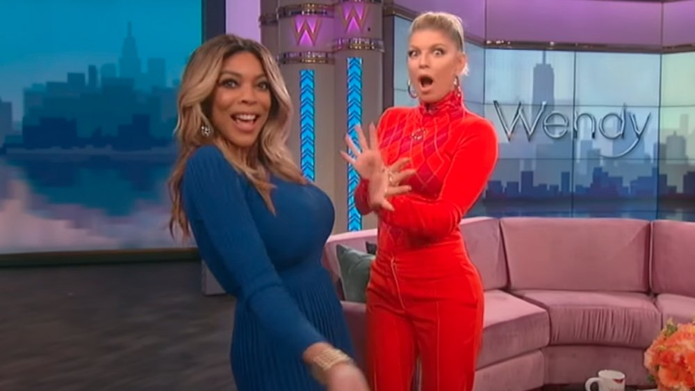 Wendy Williams et Fergie lip-syncing à Fergie's Glamorous