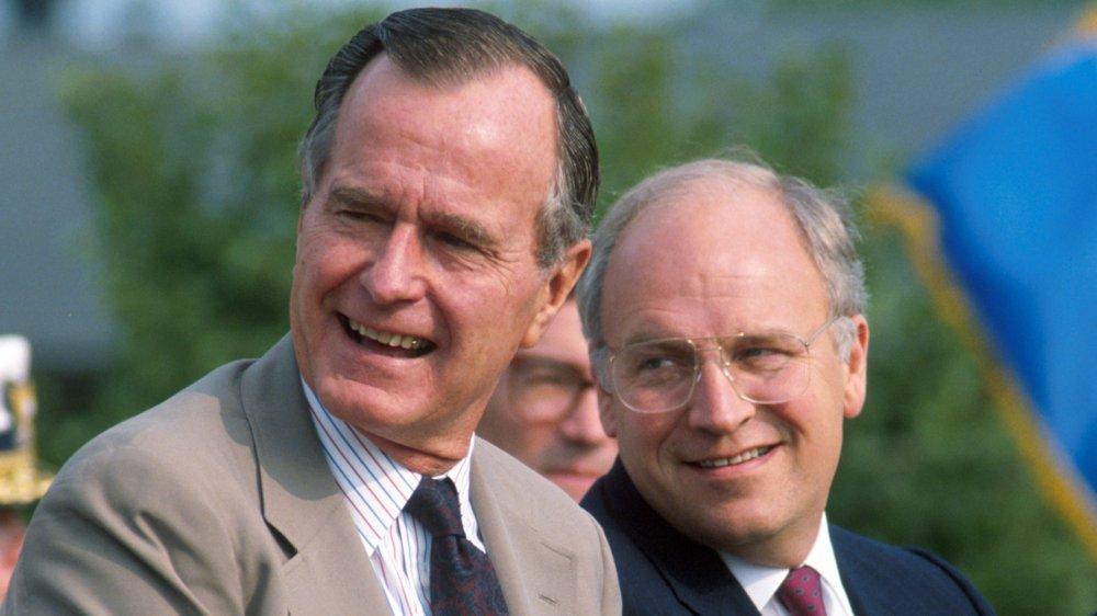 George H.W. Bush et Dick Cheney à l'événement en 1989