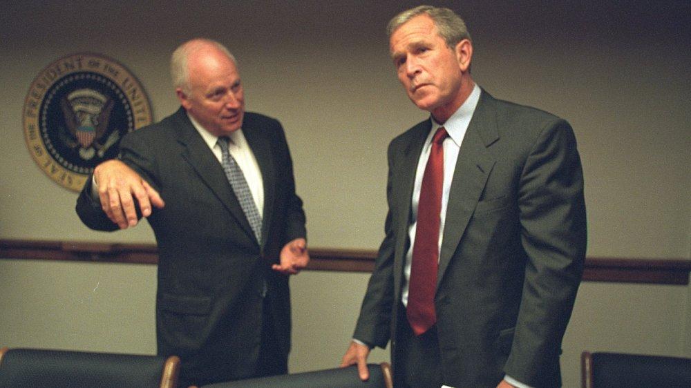 George W. Bush et Dick Cheney en 2001