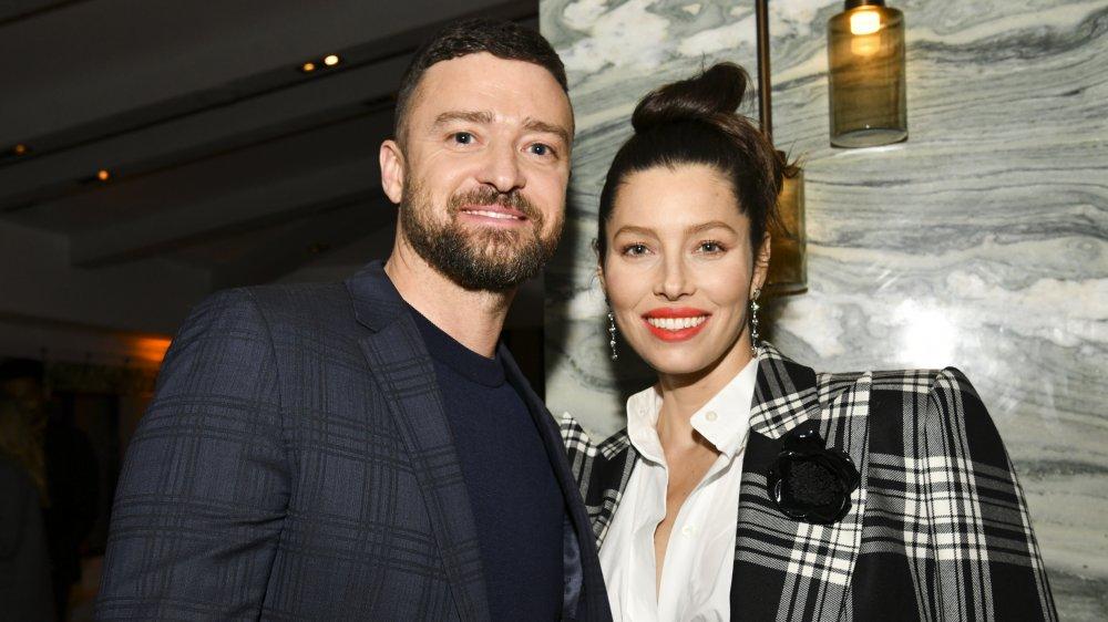 Justin Timberlake and Jessica Biel smiling