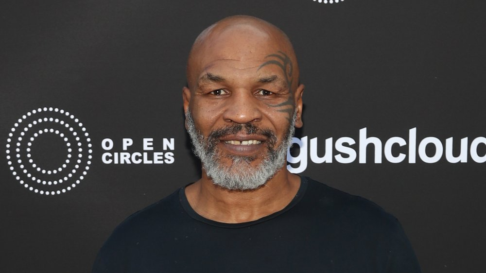Mike Tyson souriant