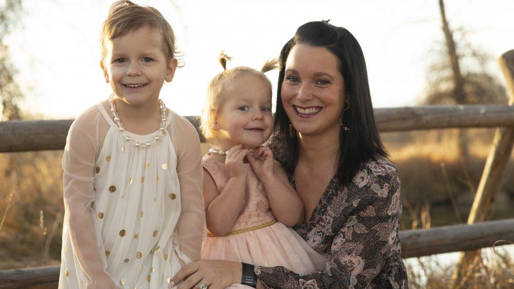 Shanann Watts et ses filles souriantes