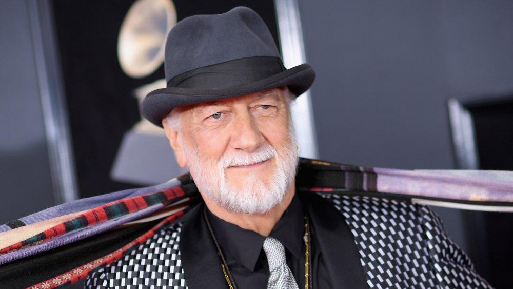 Mick Fleetwood posant aux Grammys