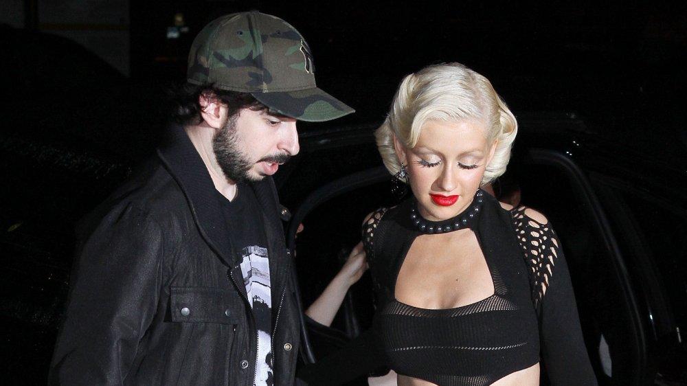 """Jordan Bratman et Christina Aguilera assistent à la soirée de sortie de son album """"Bionic"""" le 9 juin 2010"""