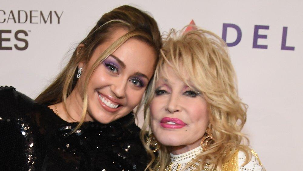 Miley Cyrus et Dolly Parton