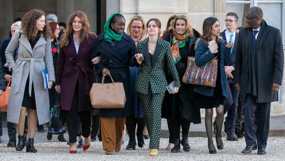Assia Benziane, Marlene Schiappa, Aissata Lam, Emma Watson, Liza Azuelos et Denis Mukwege marchent au sommet du G7 2019