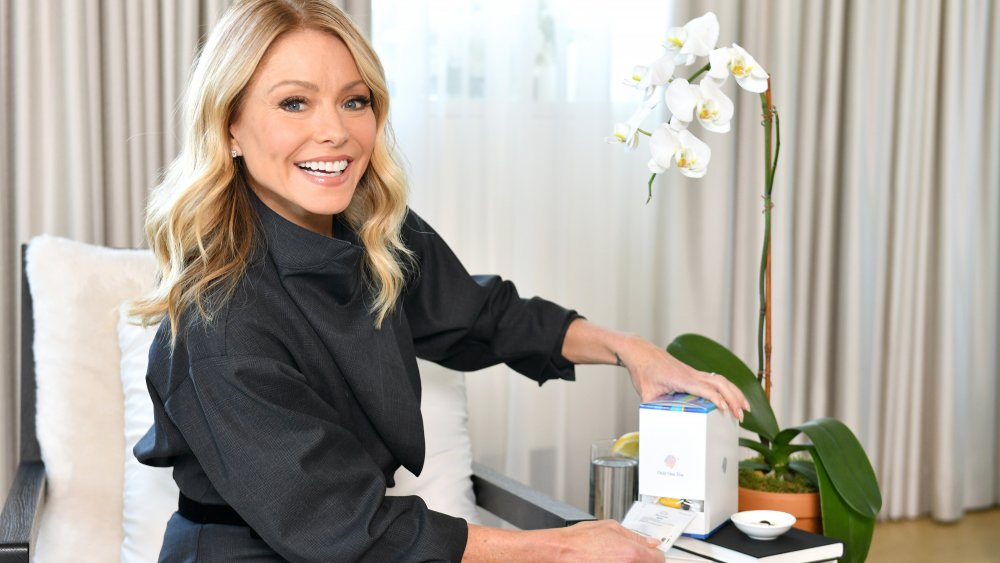 Kelly Ripa est nommée ambassadrice de la marque Persona Nutrition en 2020