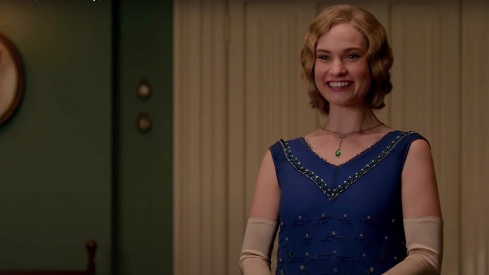 Lily James comme Lady Rose Aldridge sur Downton Abbey