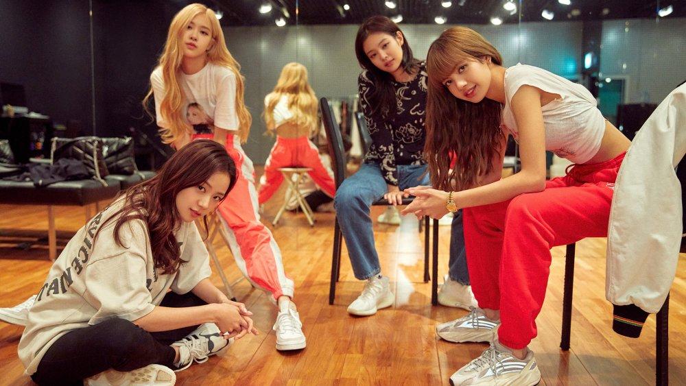 Membres de Blackpink Jisoo, Rose, Jennie et Lisa