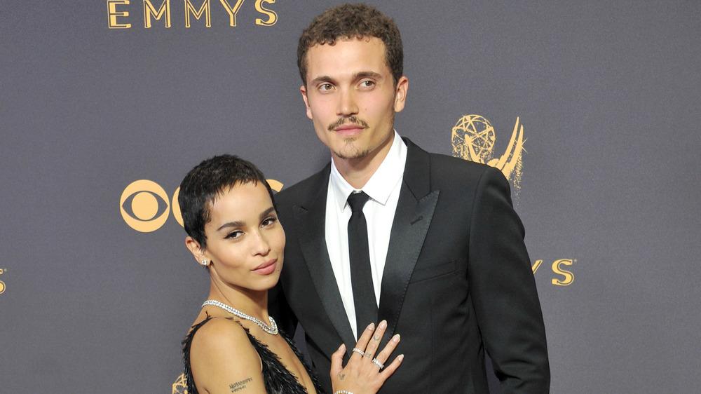 Zoe Kravitz et Karl Glusman aux Emmys