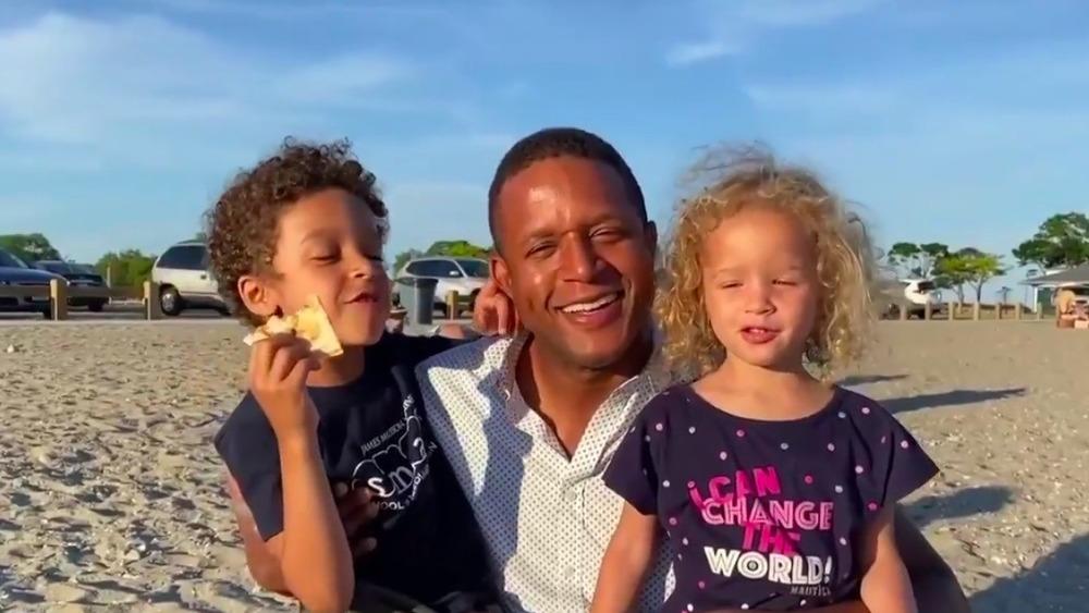 Delano Melvin, Craig Melvin et Sibyl Melvin sur la plage