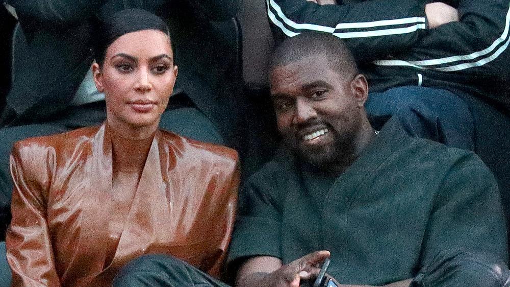 Kim Kardashian et Kanye West lors d'un événement
