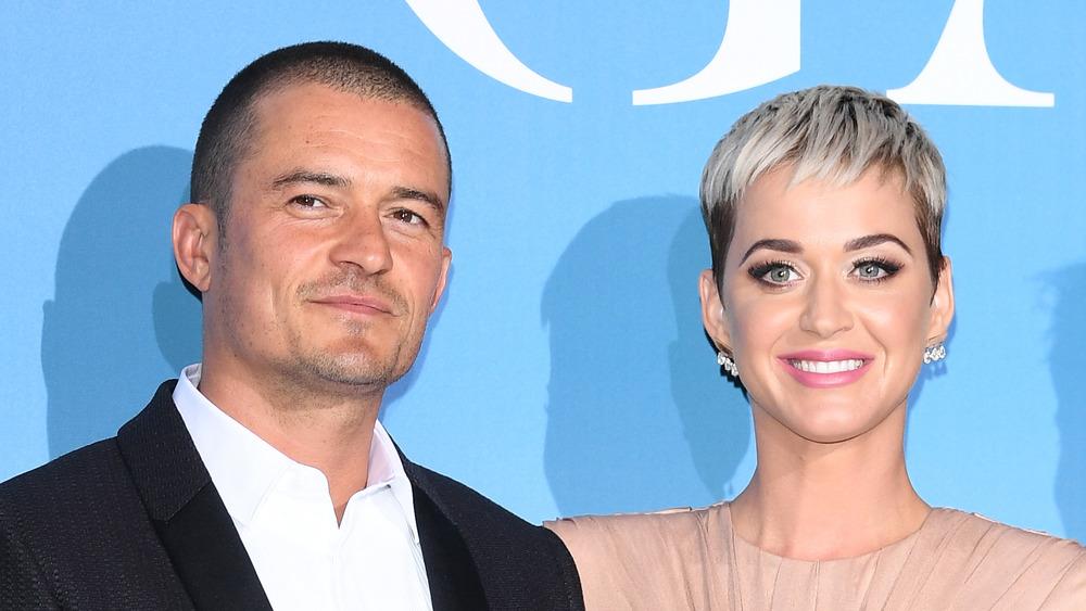 Katy Perry et Orlando Bloom sur un tapis rouge