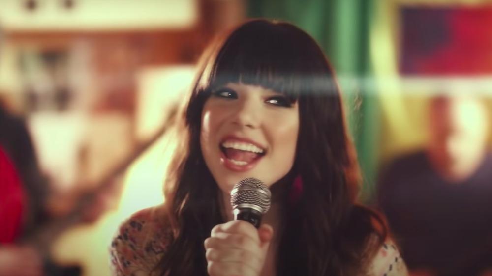 """Carly Rae Jepsen dans la vidéo """"Call Me Maybe"""""""