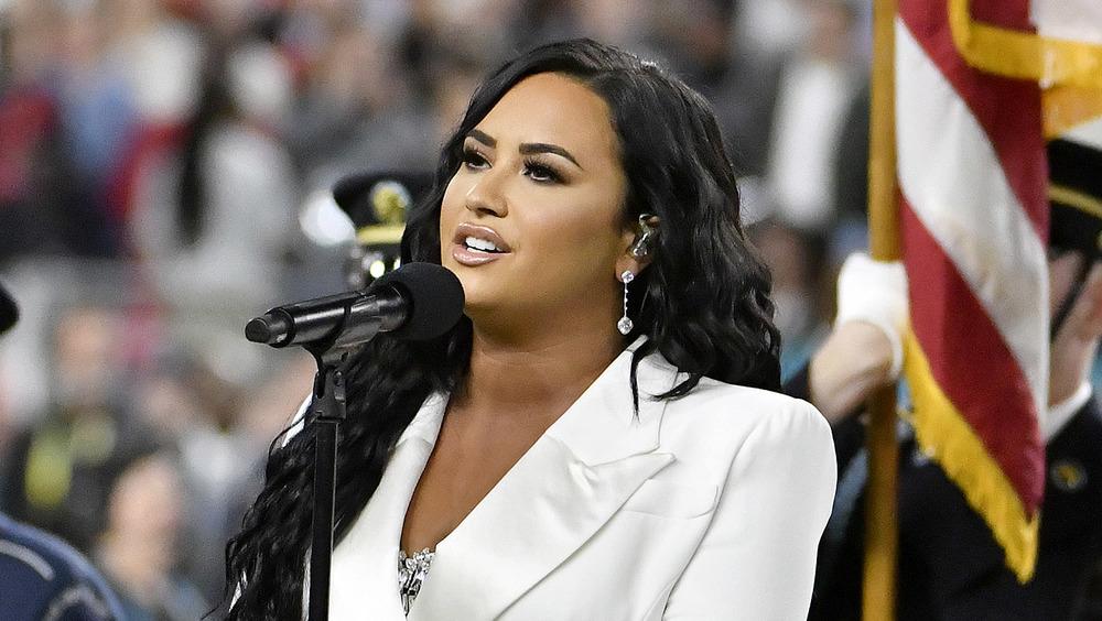 Demi Lovato chante au Super Bowl