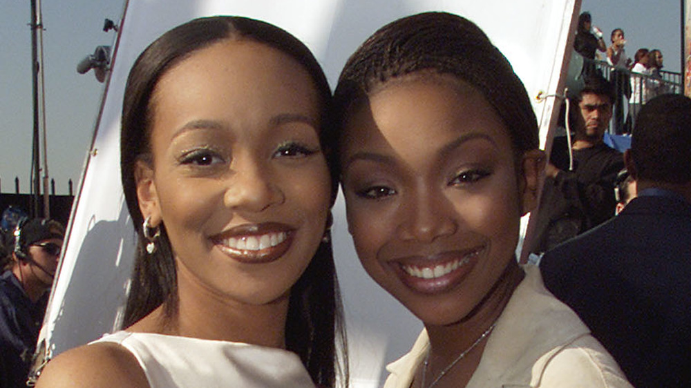 Monica et Brandy sourient ensemble