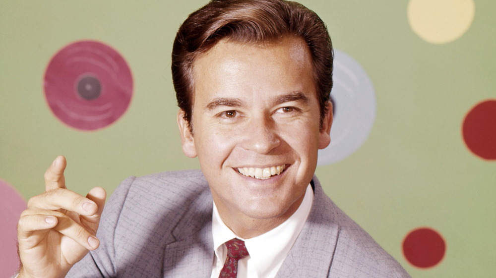 Jeune Dick Clark souriant