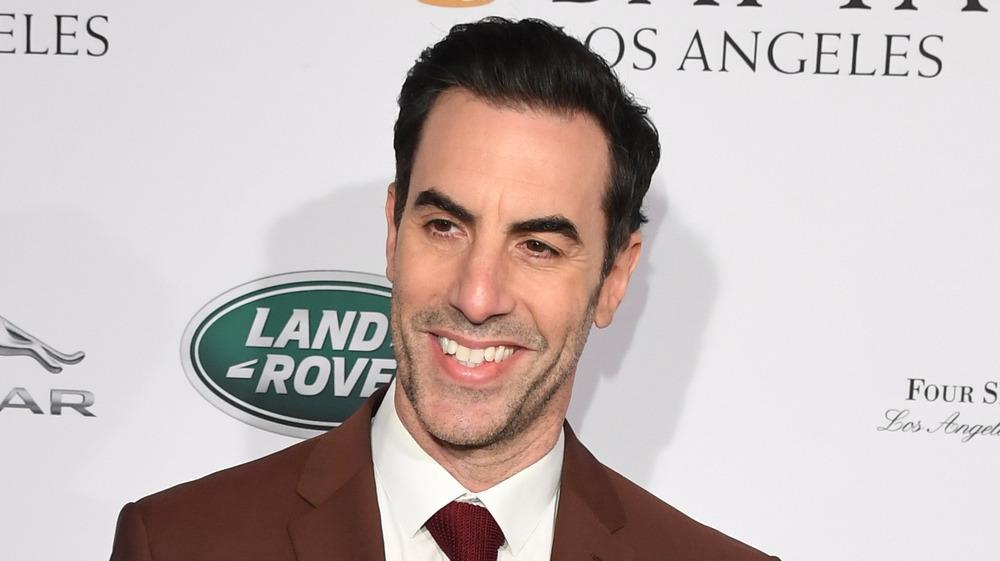 Sacha Baron Cohen souriant