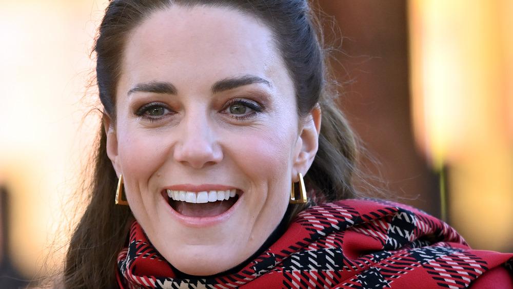 Kate Middleton réagit lors d'un événement