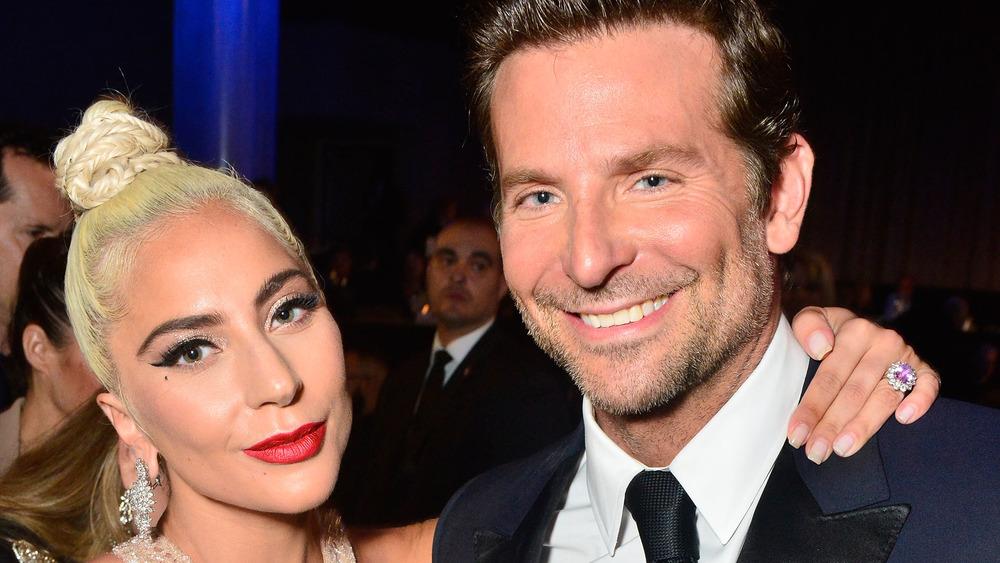 Lady Gaga et Bradley Cooper lors d'un événement