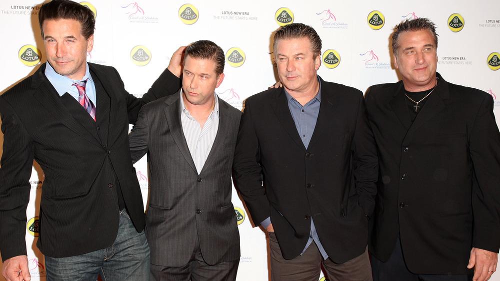 Billy, Stephen, Alec et Daniel Baldwin posant ensemble
