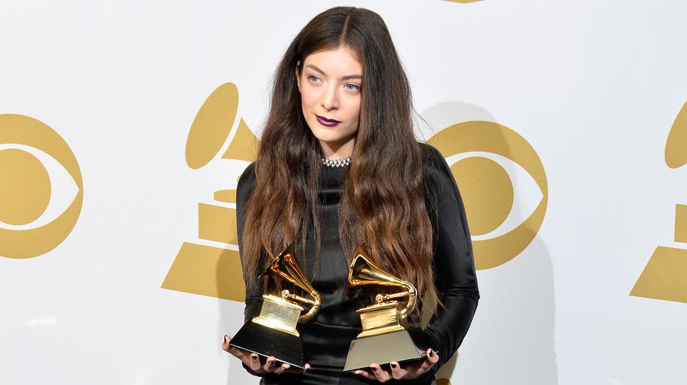 Lorde avec Grammy Awards