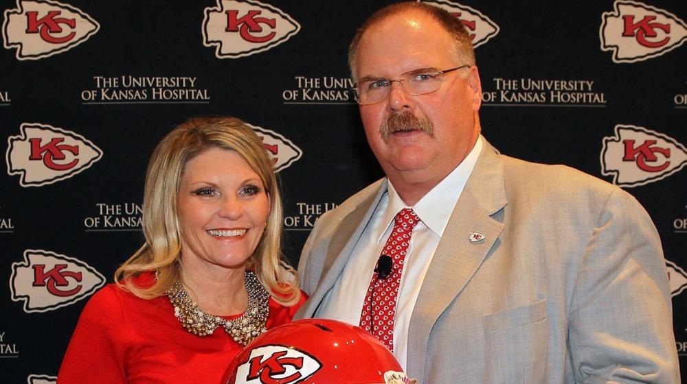Andy Reid et sa femme Tammy Reid à la conférence de presse des Chiefs de Kansas City 2013