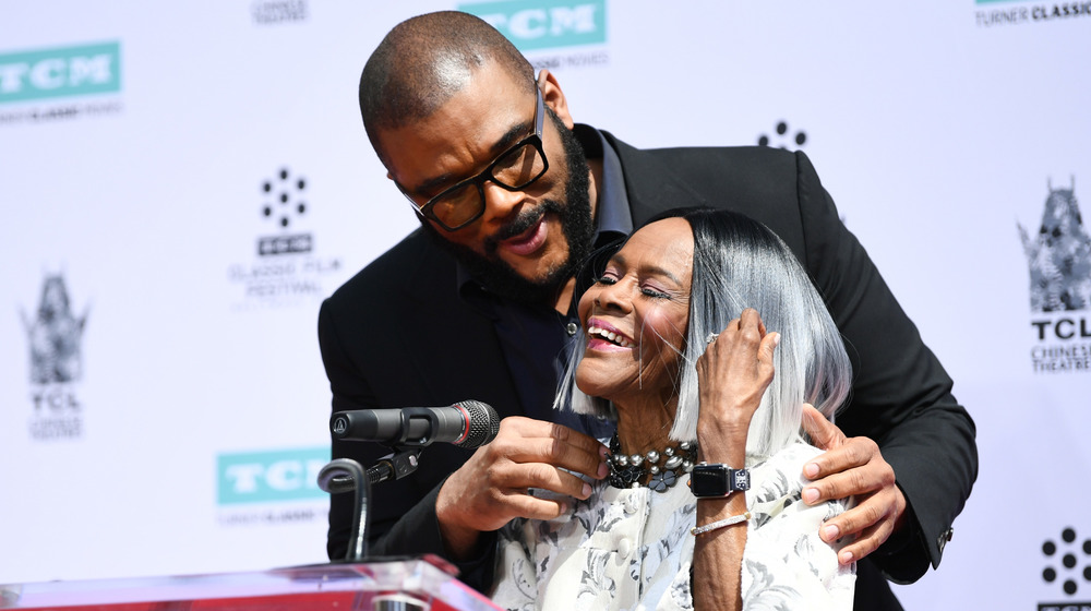 Tyler Perry & Cicely Tyson souriant