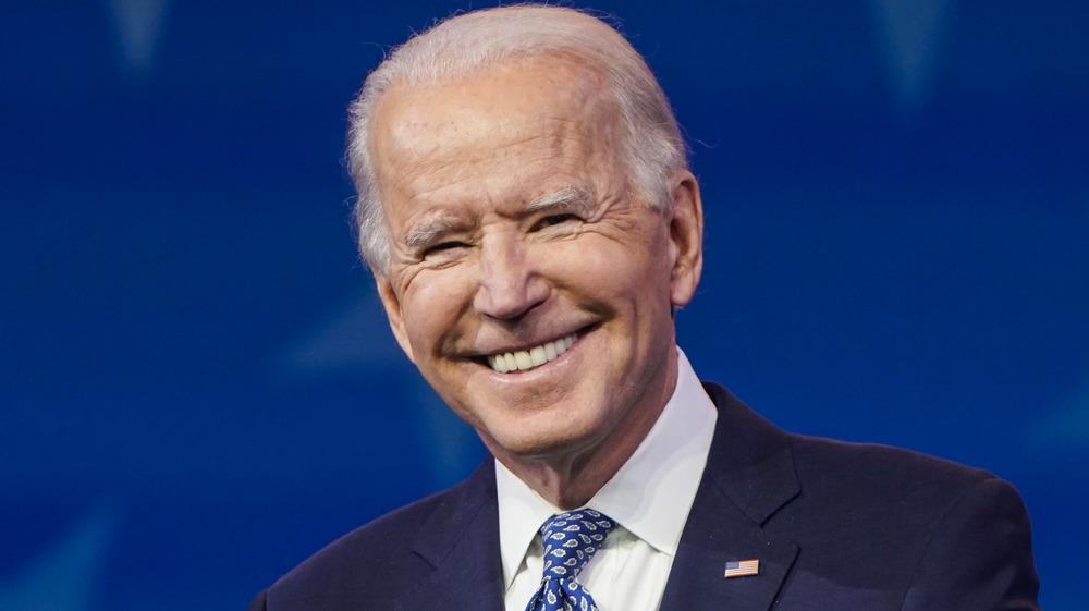 Joe Biden souriant