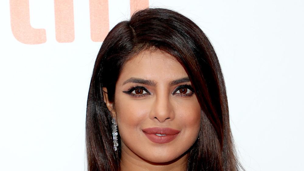 Priyanka Chopra sur tapis rouge