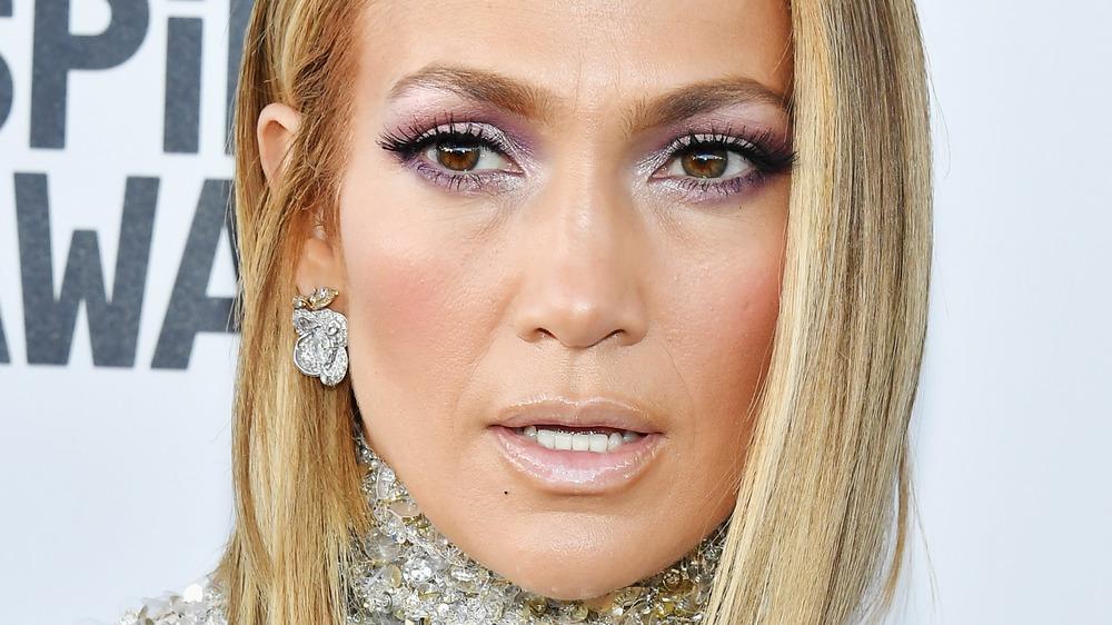 Jennifer Lopez sur le tapis rouge