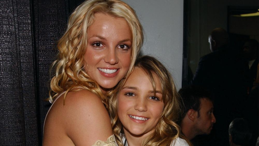 Jamie Lynn et Britney apparaissent aux Nickelodeon Kid's Choice Awards en 2003
