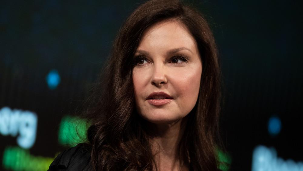 Ashley Judd s'exprimant lors d'un événement