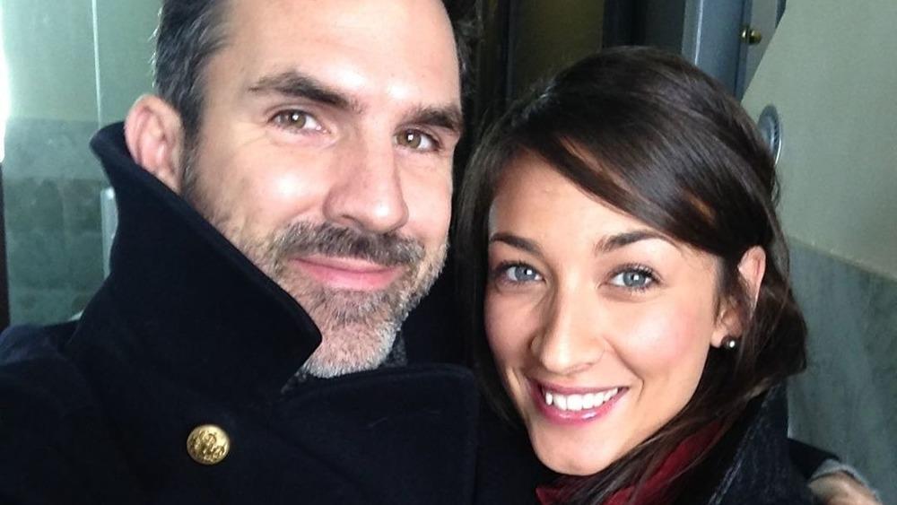 Paul Schneider et Theresa Avila prenant un selfie