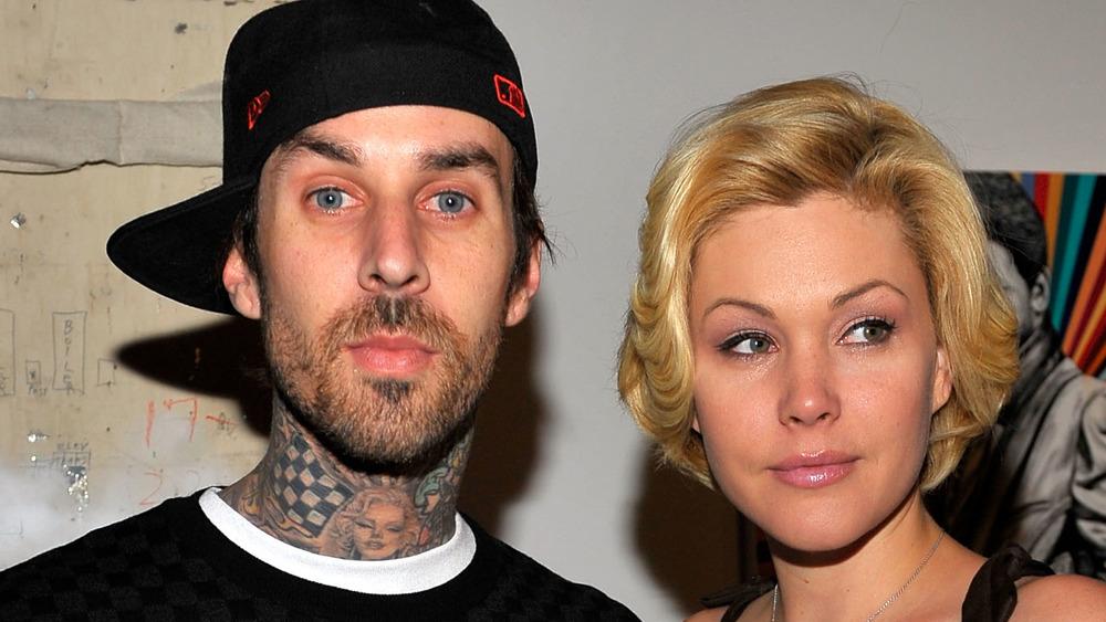 Travis Barker et Shanna Moakler assistent à un événement
