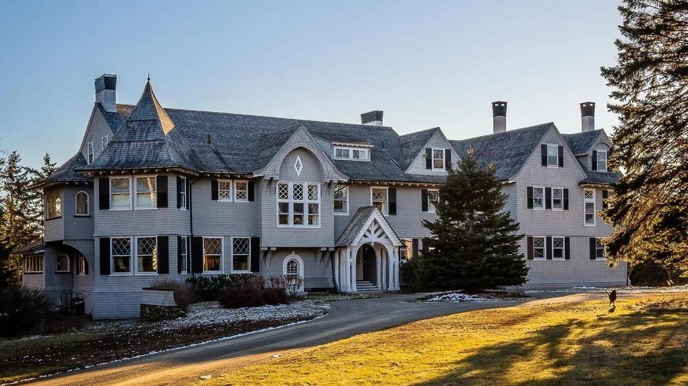 Le manoir de John Travolta dans le Maine