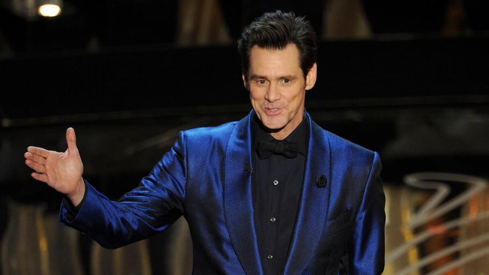 Jim Carrey sur scène aux Oscars