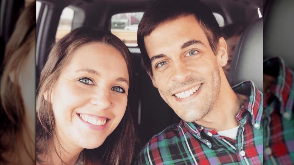 Jill Duggar et Derick Dillard posant pour un selfie
