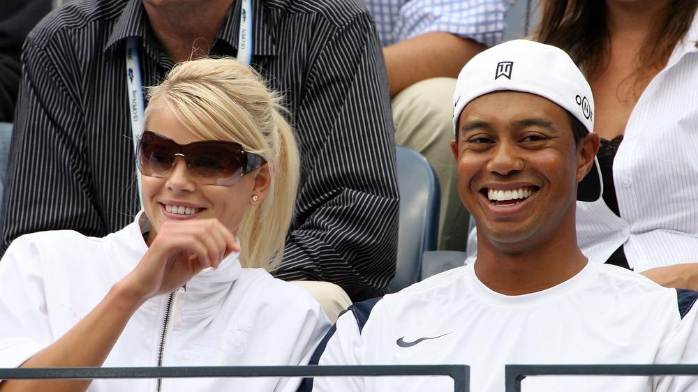Elin Nordegren et Tiger Woods se moquent d'un événement sportif