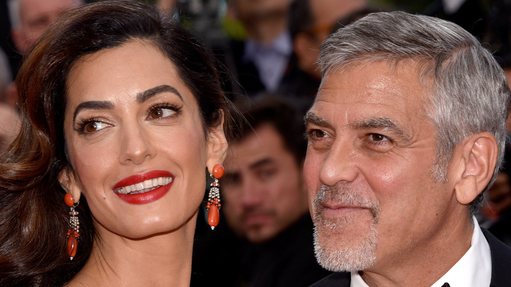 George et Amal Clooney souriant