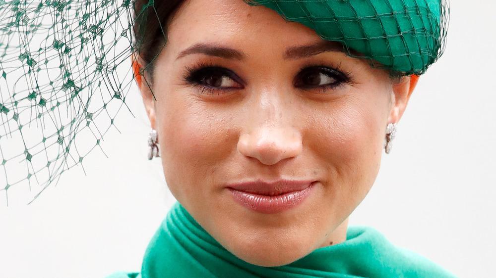 Meghan Markle, la duchesse de Sussex, vêtue de vert émeraude lors d'un événement