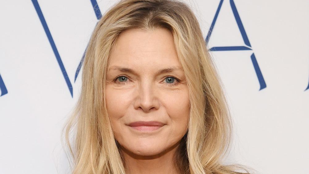 Michelle Pfeiffer participant aux WWD Beauty Inc Awards 2019
